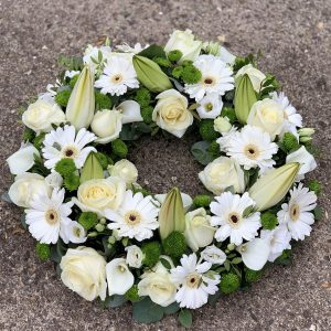 Large White Wreath Flowers